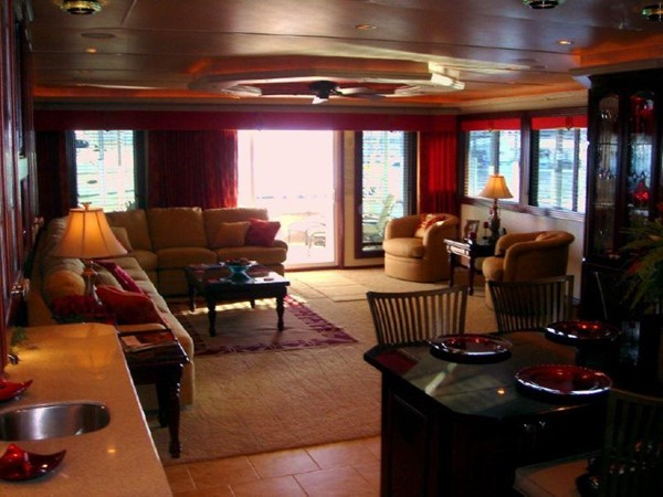 2006 FANTASY YACHTS 100 Wide Body Houseboat 894829