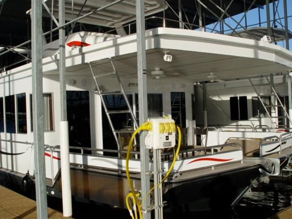 2006 FANTASY YACHTS 100 Wide Body Houseboat 894833