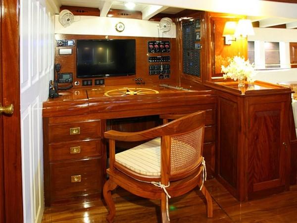 Ketch Classic Yacht 28m - Chart Table 2011 CUSTOM BUILT  Classic Yacht 934103