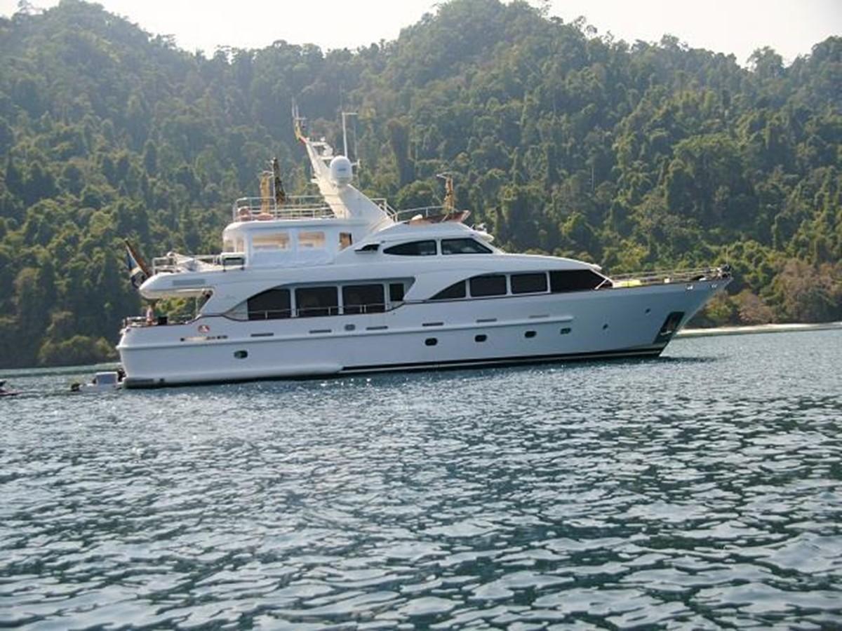 Azimut Benetti Tradition 100 -  Cruising 2009 BENETTI Tradition 100 Motor Yacht 937229