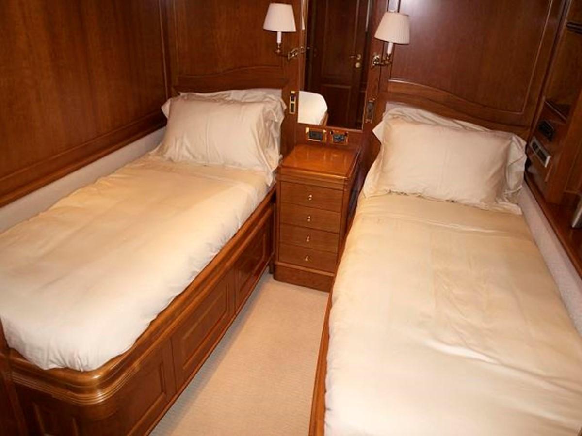 Azimut Benetti Tradition 100 - Guests Cabin 2009 BENETTI Tradition 100 Motor Yacht 937245