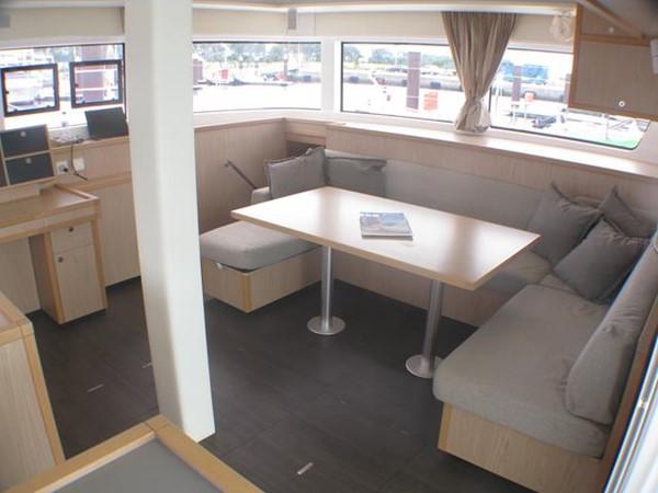 Lagoon 52 - Saloon 2014 LAGOON  Cruising Sailboat 959796