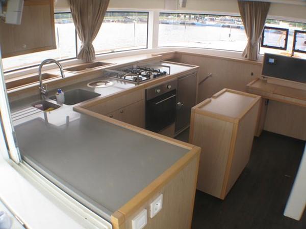 Lagoon 52 -  Galley 2014 LAGOON  Cruising Sailboat 959797