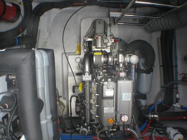 Lagoon 52 - Engine 2014 LAGOON  Cruising Sailboat 959807