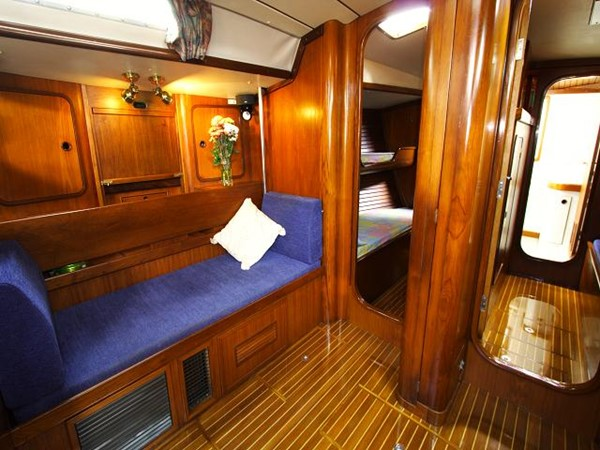 Beneteau First 51S  - Saloon 1987 BENETEAU  Cruising Sailboat 961782