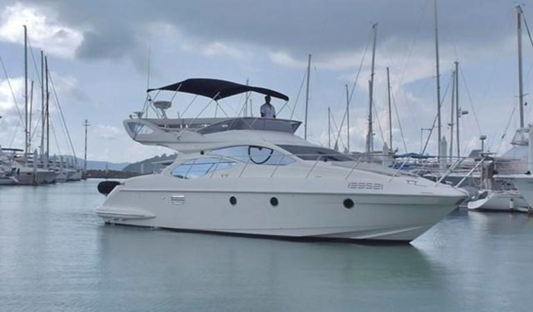 Azimut 43 Flybridge - Profile 2010 AZIMUT Azimut 43 Flybridge Motor Yacht 961815