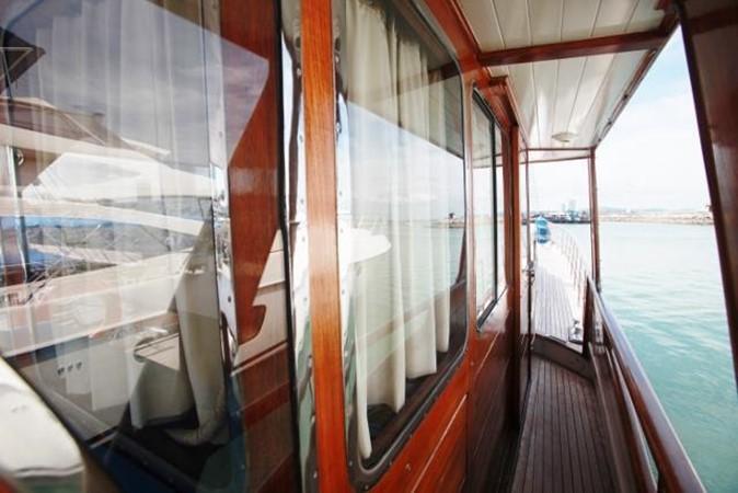 Van den Akker Archer 6 - Side Windows 1955 CUSTOM Archer 6 Motor Yacht 972970