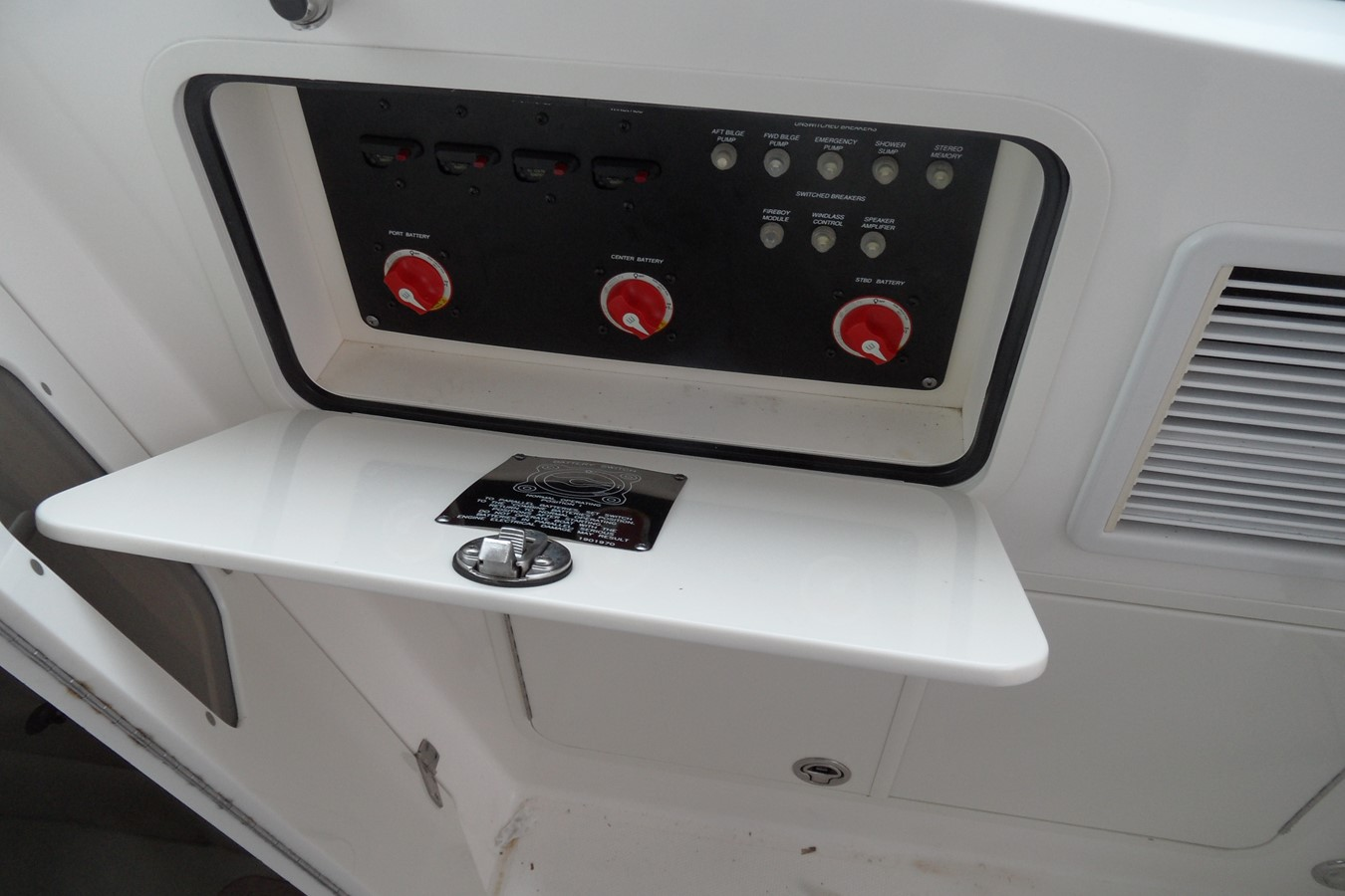 2008 BOSTON WHALER 345 Conquest Express 1440512