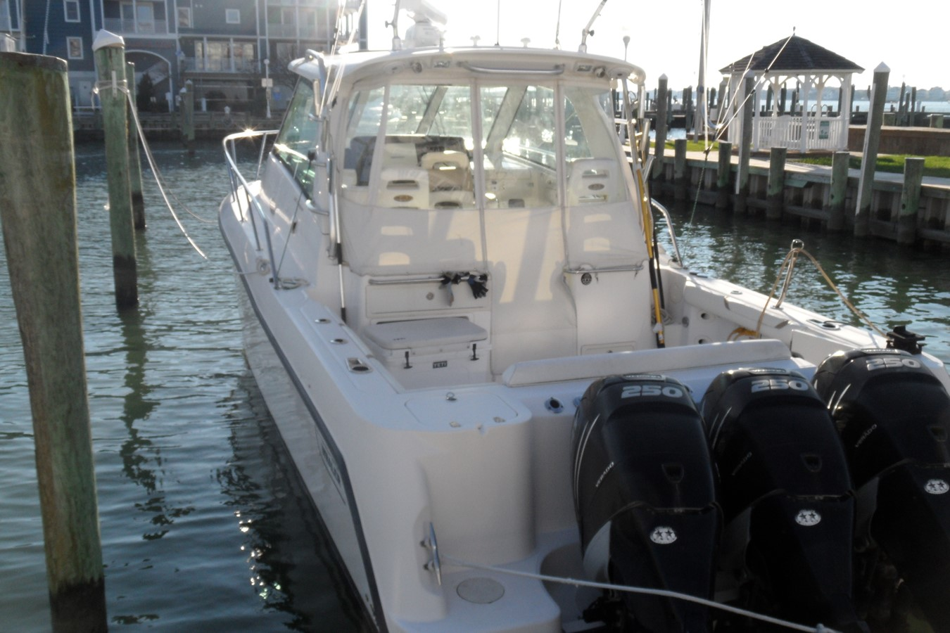2008 BOSTON WHALER 345 Conquest Express 1523307
