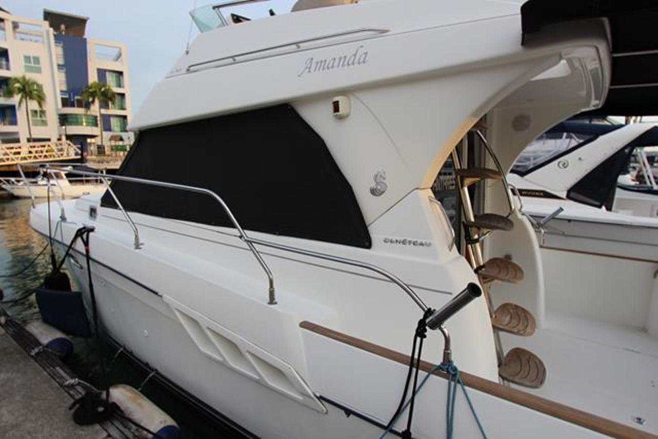 2007 BENETEAU Beneteau Antares 9.8 Motor Yacht 1012701