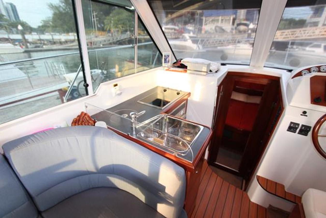 2007 BENETEAU Beneteau Antares 9.8 Motor Yacht 1012708