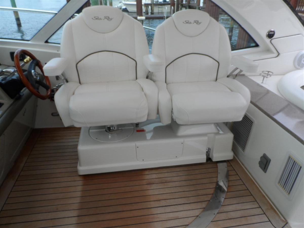 2007 SEA RAY 48 Sundancer Cruiser 1046068
