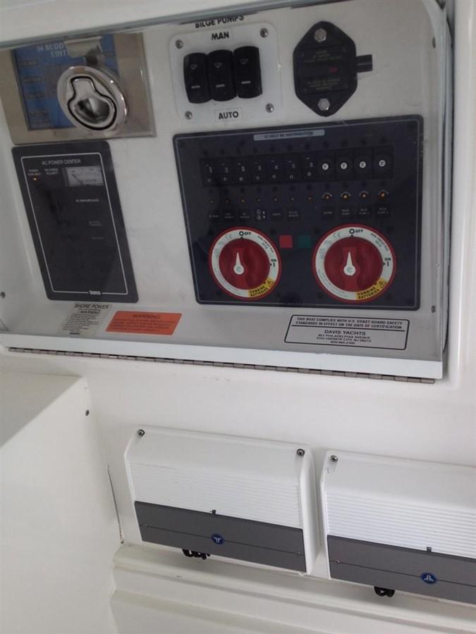 2010 BUDDY DAVIS 34 Center Console Center Console 1061354
