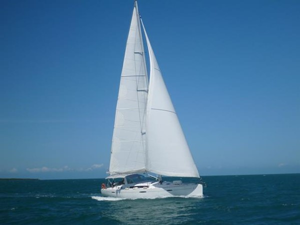 2011 BENETEAU Oceanis 58 Cruising Sailboat 1065914