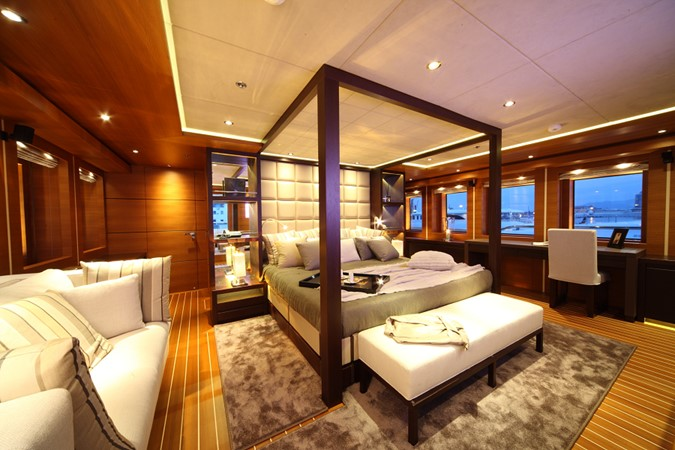 2011 MondoMarine  Motor Yacht 1179643