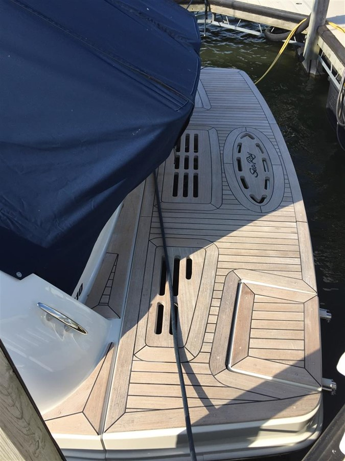 2013 SEA RAY 41 Sundancer Cruiser 1077527
