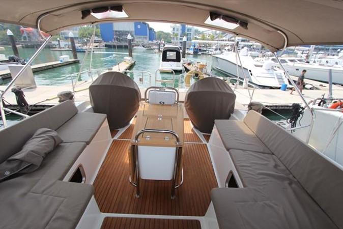 2010 JEANNEAU 57 Cruising Sailboat 1079264