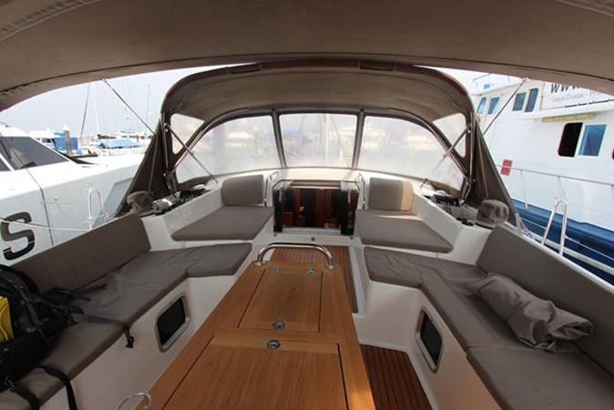 2010 JEANNEAU 57 Cruising Sailboat 1079265