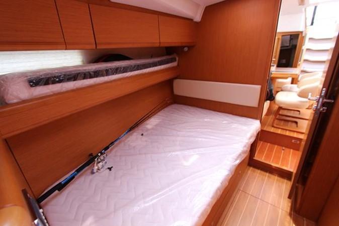2010 JEANNEAU 57 Cruising Sailboat 1079271