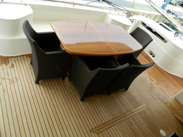 2011 FERRETTI 830 Mega Yacht 1095002