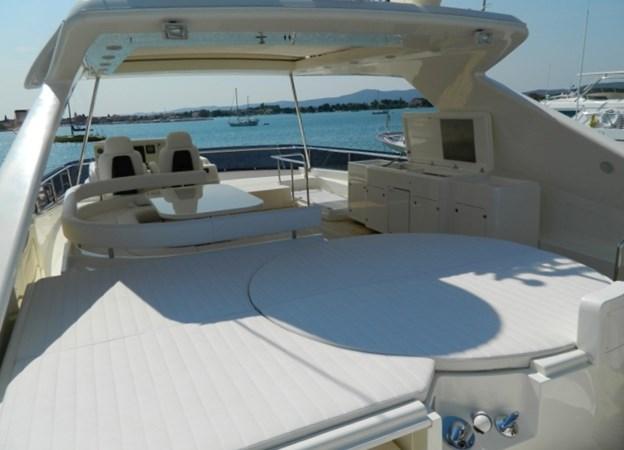 2011 FERRETTI 830 Mega Yacht 1095006