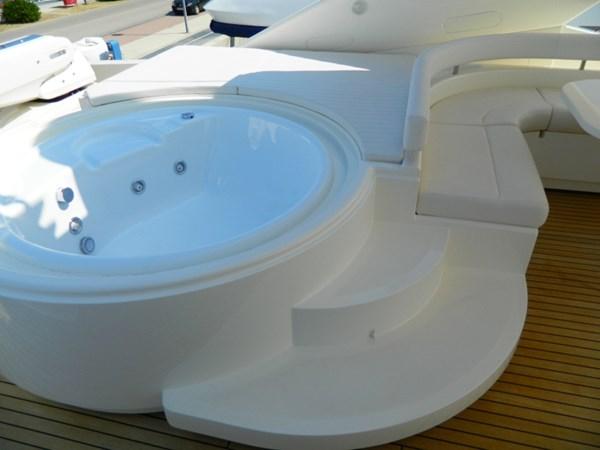 2011 FERRETTI 830 Mega Yacht 1095009