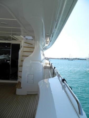 2011 FERRETTI 830 Mega Yacht 1095010