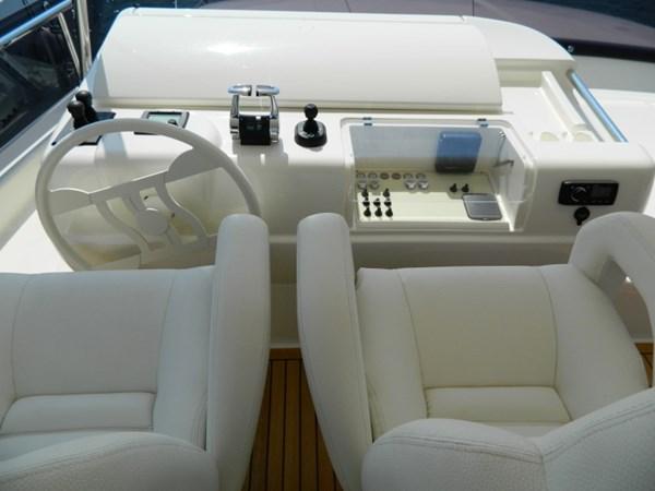 2011 FERRETTI 830 Mega Yacht 1095014