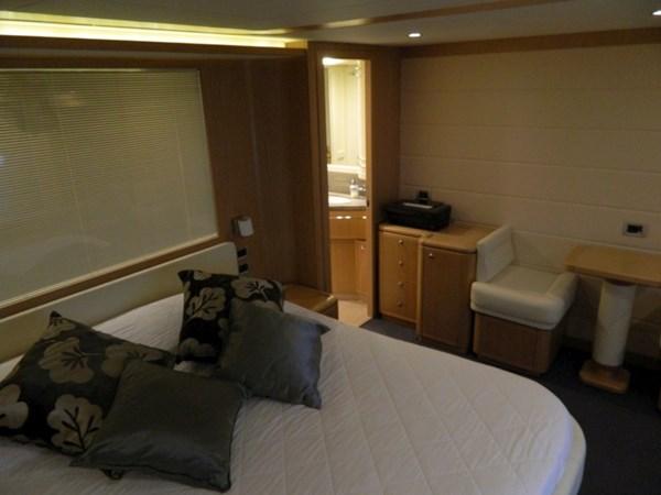 2011 FERRETTI 830 Mega Yacht 1095019