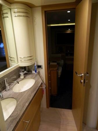 2011 FERRETTI 830 Mega Yacht 1095020
