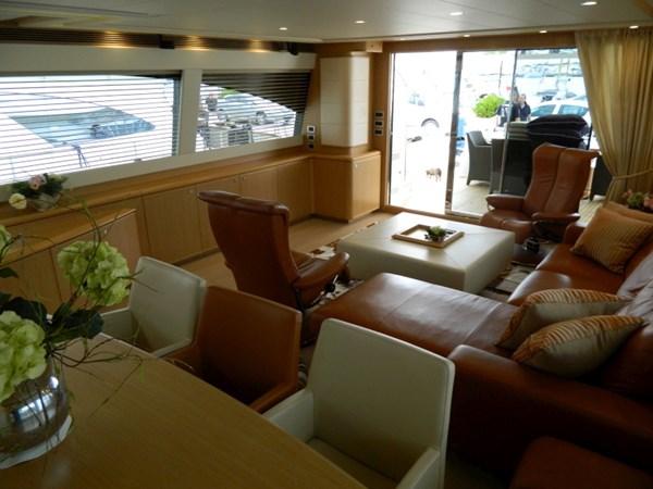 2011 FERRETTI 830 Mega Yacht 1095024