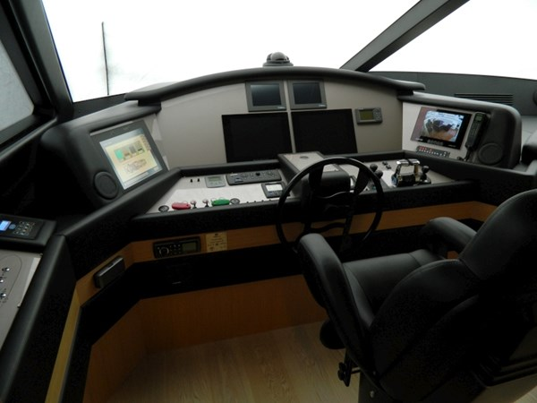 2011 FERRETTI 830 Mega Yacht 1095028