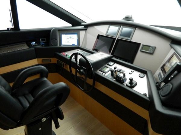 2011 FERRETTI 830 Mega Yacht 1095030