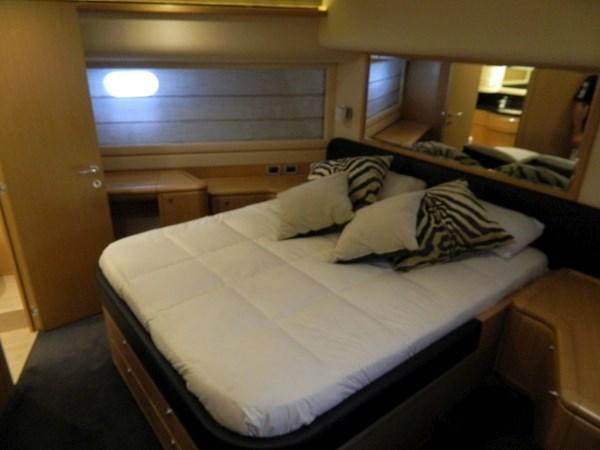 2011 FERRETTI 830 Mega Yacht 1095037