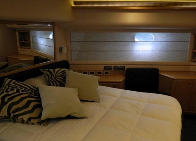 2011 FERRETTI 830 Mega Yacht 1095038