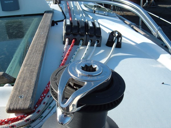 Lines led aft to winches 2006 JEANNEAU Jeanneau Sun Fast 35 Cruising/Racing Sailboat 1103628