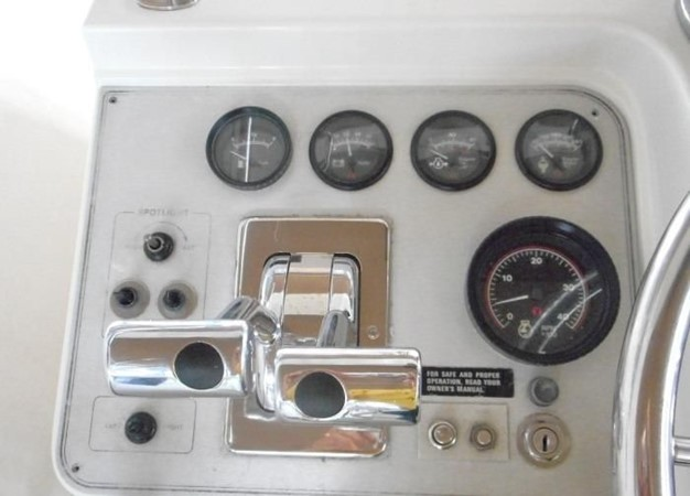 1988 CARVER 4207 Aft Cabin Motor Yacht Motor Yacht 1144376