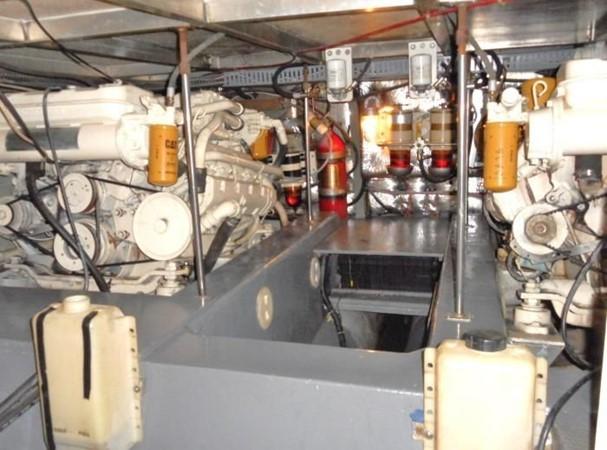 1988 CARVER 4207 Aft Cabin Motor Yacht Motor Yacht 1144380