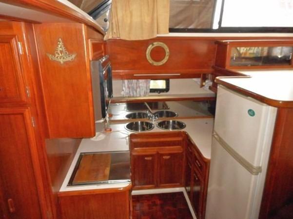 1988 CARVER 4207 Aft Cabin Motor Yacht Motor Yacht 1144381