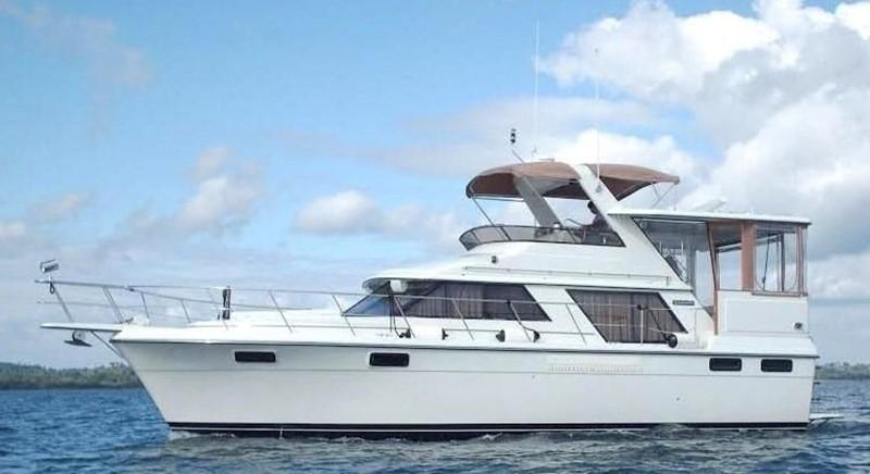 1988 CARVER 4207 Aft Cabin Motor Yacht Motor Yacht 1144392