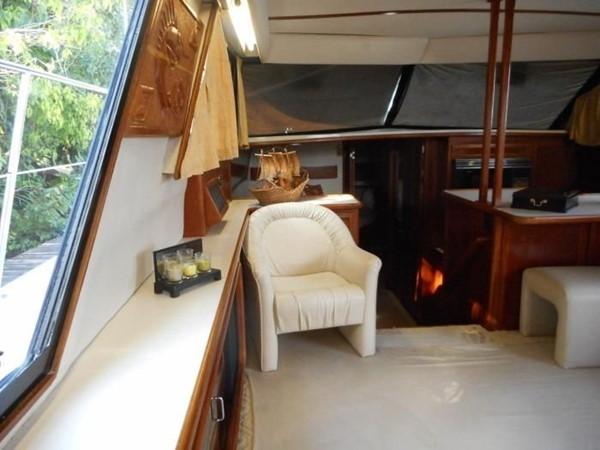 1988 CARVER 4207 Aft Cabin Motor Yacht Motor Yacht 1144398