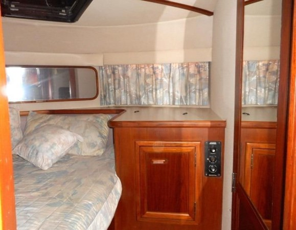1988 CARVER 4207 Aft Cabin Motor Yacht Motor Yacht 1144400