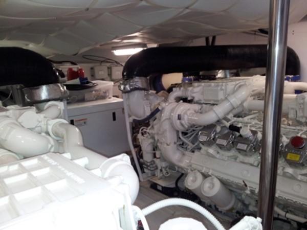 2010 PERSHING  Motor Yacht 1232885