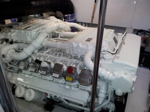 2010 PERSHING  Motor Yacht 1232886