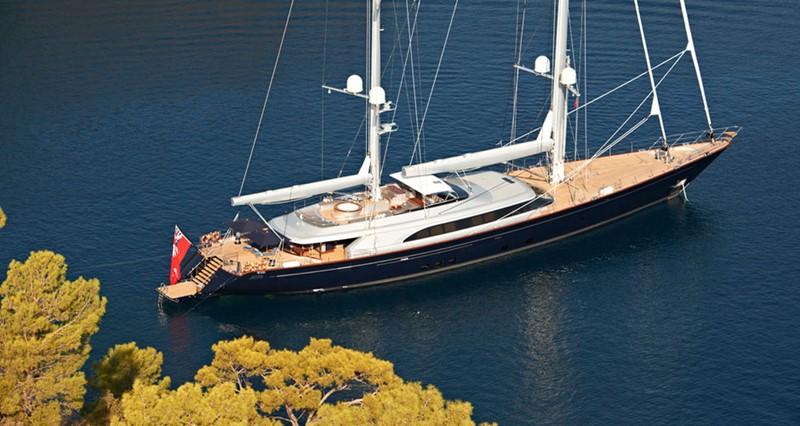 At anchor 2010 PERINI NAVI  Cruising Ketch 1268718