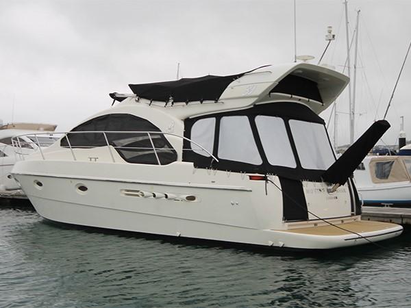 2002 AZIMUT 39  Motor Yacht 1352833