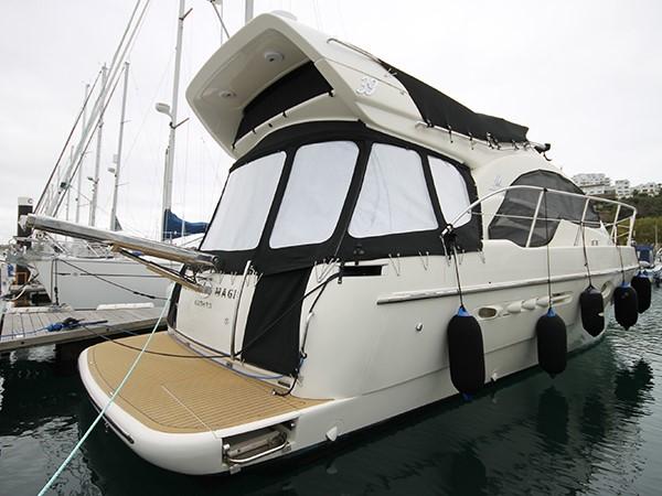 2002 AZIMUT 39  Motor Yacht 1352835