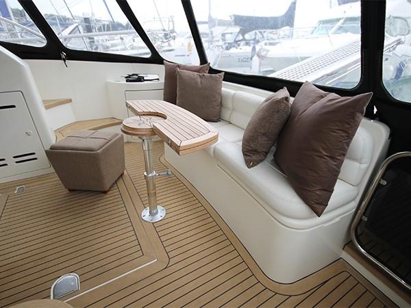 2002 AZIMUT 39  Motor Yacht 1352837
