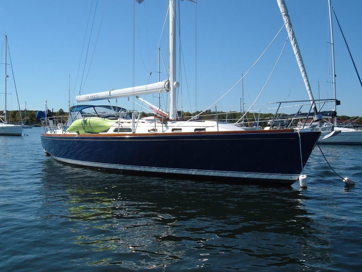 1999 SABRE YACHTS Sabre 452 Cruising Sailboat 1331944