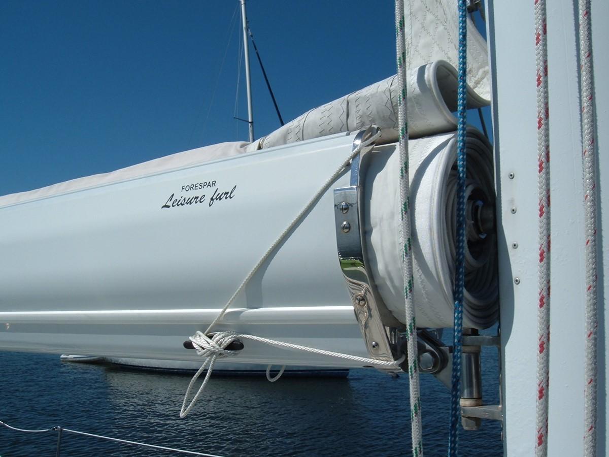 1999 SABRE YACHTS Sabre 452 Cruising Sailboat 1331954